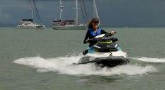 Jet Ski Hire Magnetic Island (immagine estratta da un video di Simone Chiesa)
