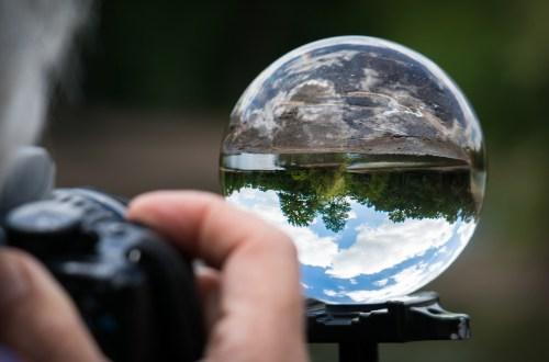 Fotograf fotografiert eine Blase