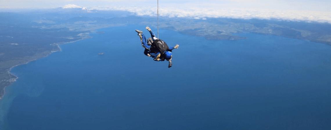 Fallschirmsprung