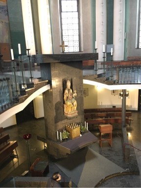 The double worship level at St Hedwig's