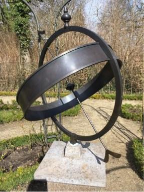 Lieberman Villa - Liebermann's Sun Dial in the Rose Garden