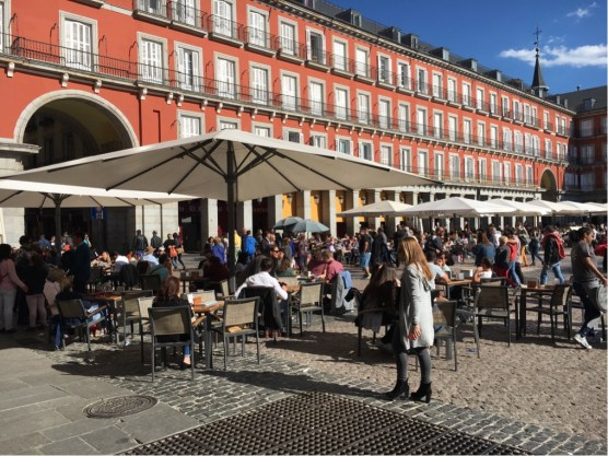 Plaza Mayor - when the sun comes out.