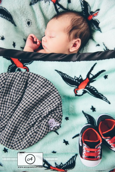 BabyHunter AnnaOsetroff Newborn photographer brisbane