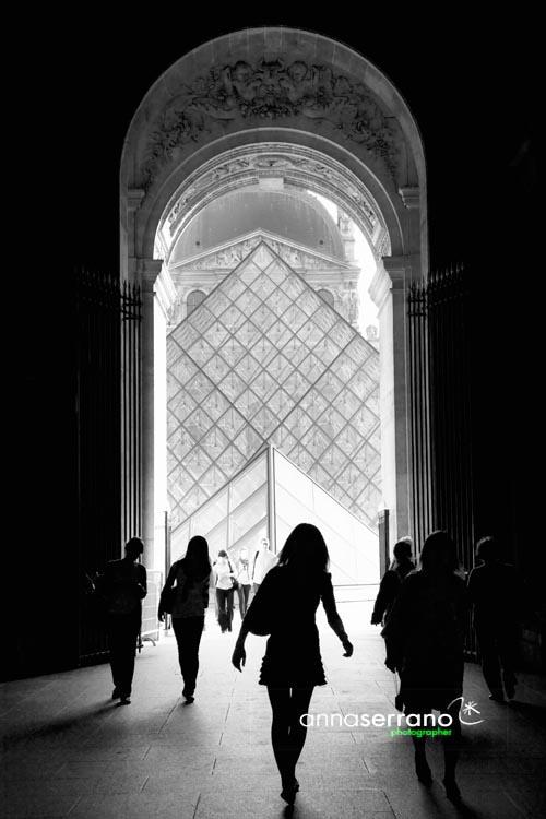 France, Paris, Place du Louvre, Louvre Museum, Pyramide