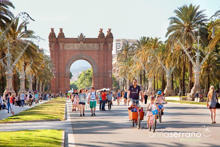 Spain, Catalonia, Barcelona, Parc de la Ciutadella, Arc del Triomf