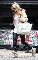 dakota-fanning-celine-bag-isabel-marant-white-canvas-taupe-suede-and-grey-leather-wedge-sneakers1