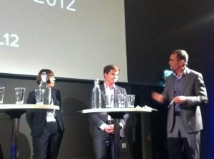 Personaldirektör Maria Englund och integrationsminister Erik Ullenhag (FP) frågas ut av moderatorn John Chrispinsson.