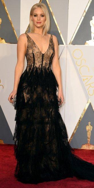 Jennifer Lawrence, abito Dior, gioielli Chopard