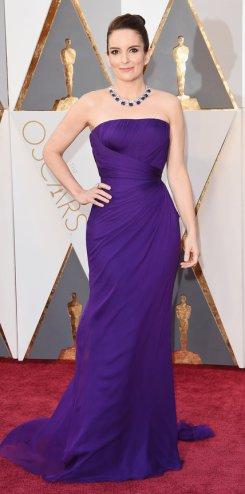 Tina Fey, abito Versace, gioielli Bulgari