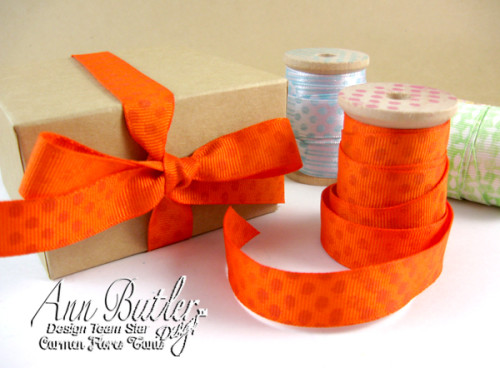 Ann-Butler-Stamped-and-Stacked-Flower-Favor-Boxes-3