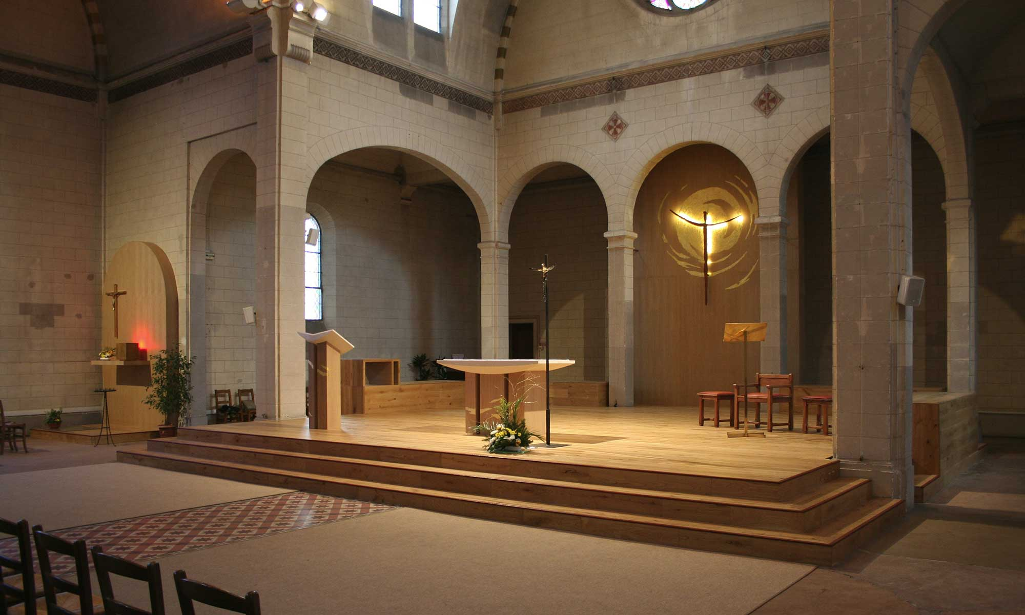 Espace liturgique contemporain Église Notre Dame du Sacré Cœur, Maisons Alfort