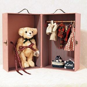 doll-closet-trunkPK
