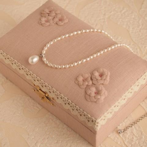 jewelly-box