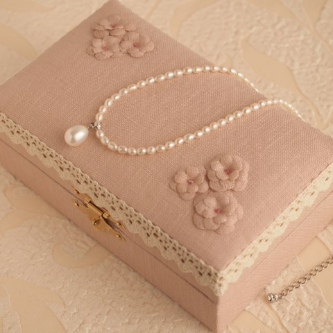 jewelly-box