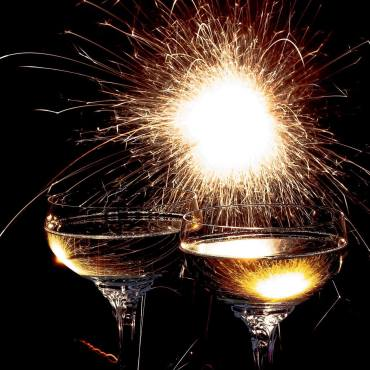 Nyttårsfeiring med bobler hører sammen for de fleste av oss mens vi takker for året som har gått og ønsker det nye velkomment. Her er noen av mine favoritter til musserende vin på nyttårsaften. Foto: Pixabay