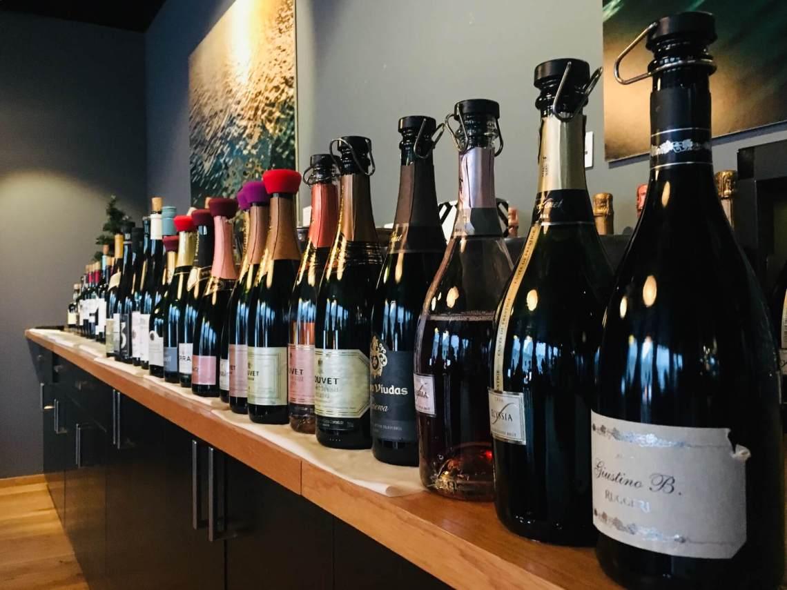 Skal du på reise denne vinteren og ønsker å ta med deg et par flasker vin? Her er noen forslag til tax-free kupp på vin.