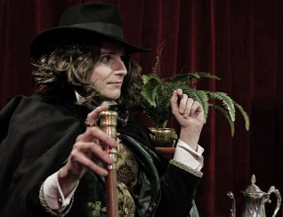 Mr Jonathan Goodwin as Oscar Wilde.