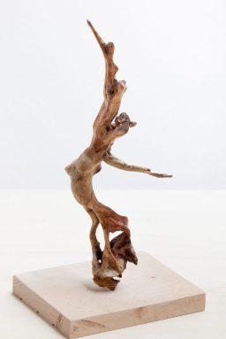 AnneKunst_Sculptur_Tanzende-Astfigur2017