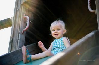 Little - fotoshoot - 2 jaar - zomers - spelen - lifestyle - sunflare