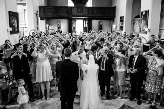 Huwelijk fotograaf - Brugge - Romantisch - hof ter molen leke - originele fotolocatie