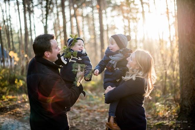 herfst kerst fotoreportage kids familie bos