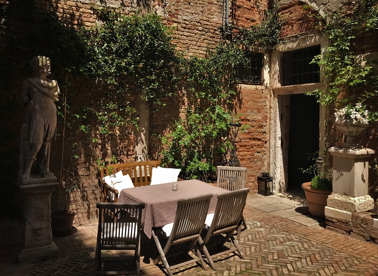 A Boutique Hotel on the Venice Grand Canal