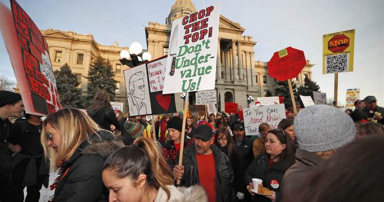 Denver Schools Denver  teachers  state  they  will  strike  Monday –  NBCNews.com