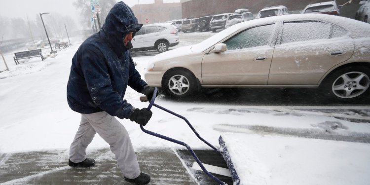A  bomb  cyclone  has actually  impacted  25  US  states,  causing  flooding,  white-out  conditions,  and  power  outages —  here's  what  that  is
