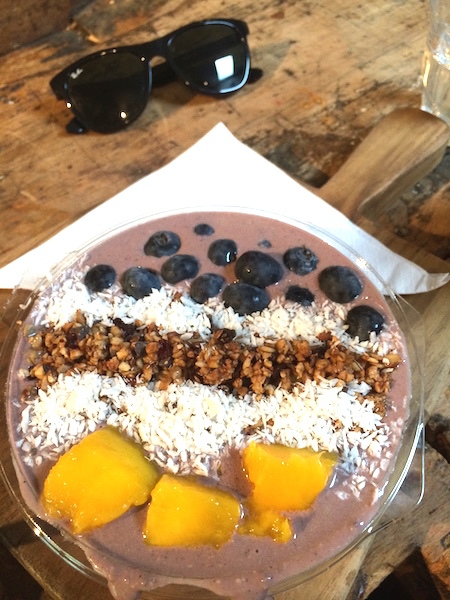 le-carnet-danne-so-Dr-blend-acai-bowl