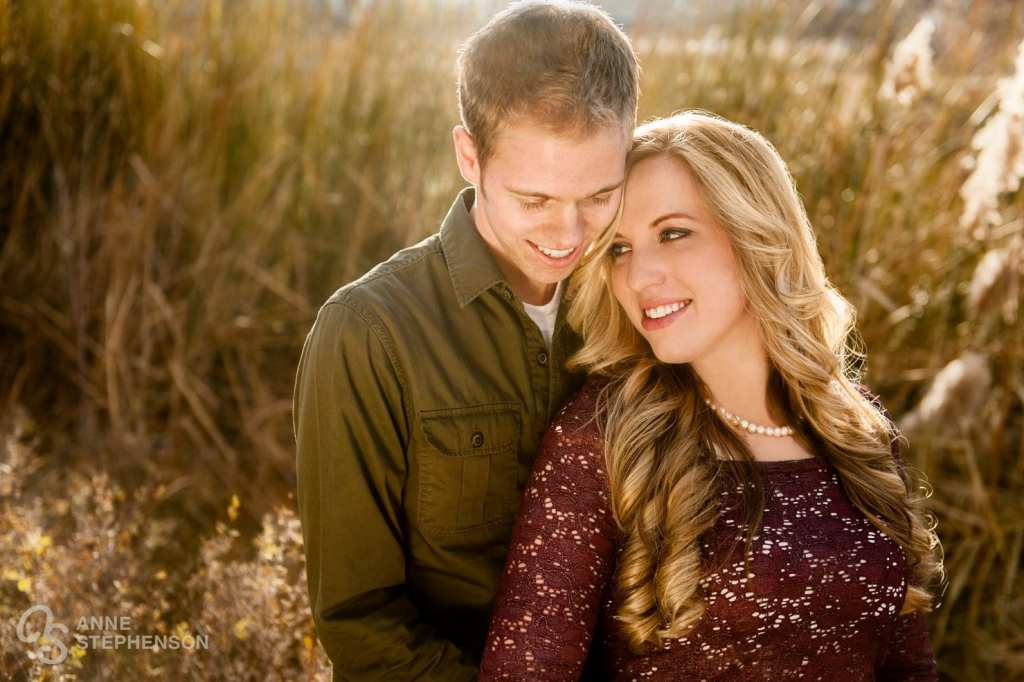 Engagement photos at The Cove with textural autumn grasses and beautiful backlighting.