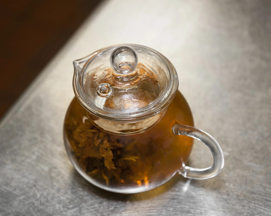 Bud-like tea packets bloom slowly when steeped.