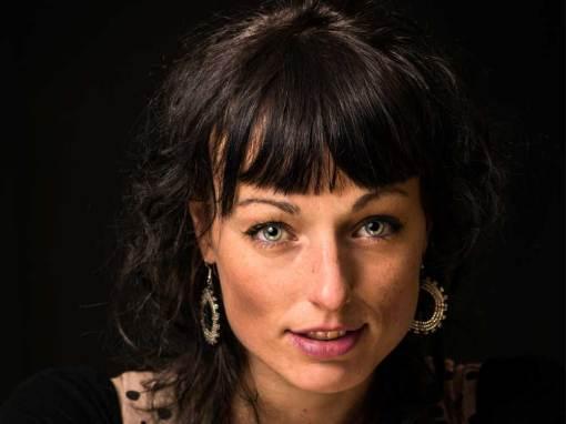 Lara Taveirne Kerkhoff blommenstraat Author Writer Auteur Schrijver
