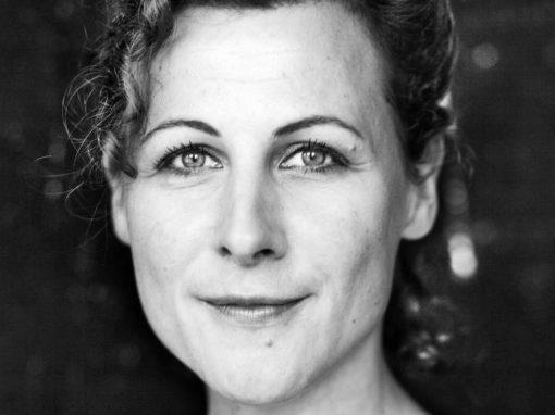 Ester Naomi Perquin Author Writer Auteur Schrijver