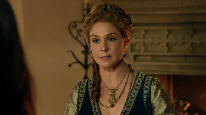 queen-catherine-megan-follows-reign