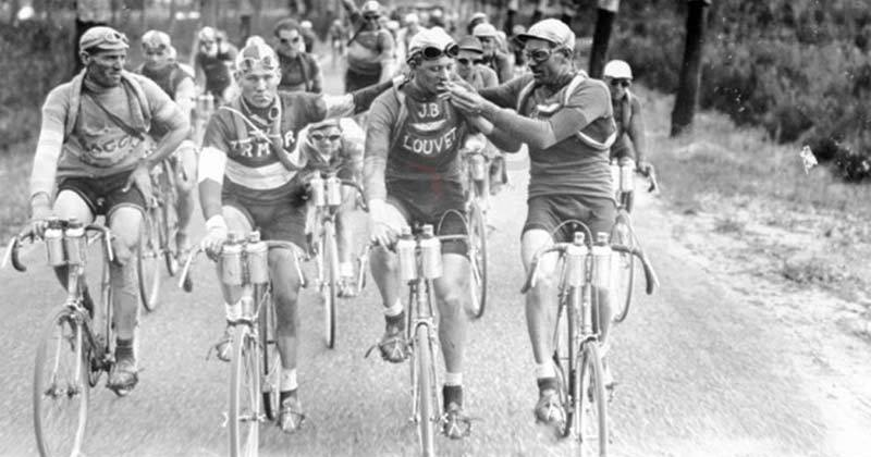 Some Tour de france riders used to smoke while cycling