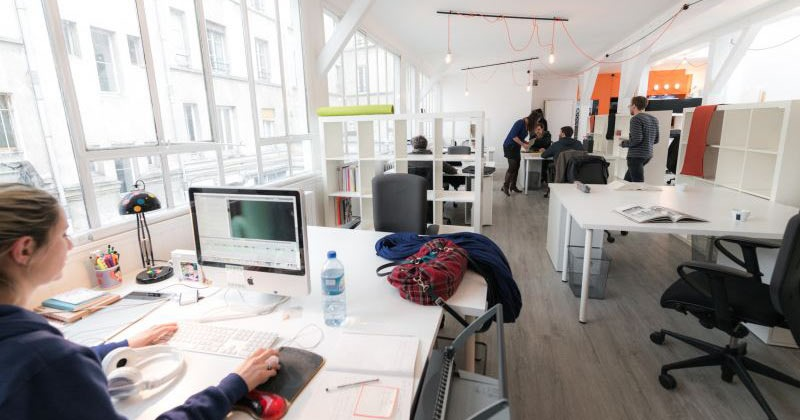 LE LAWOMATIC: is a trendy co-working office space in Paris which you rent by the month in the hip Canal Saint-Martin neighbourhood