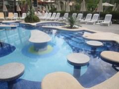 Riu Bravo pool