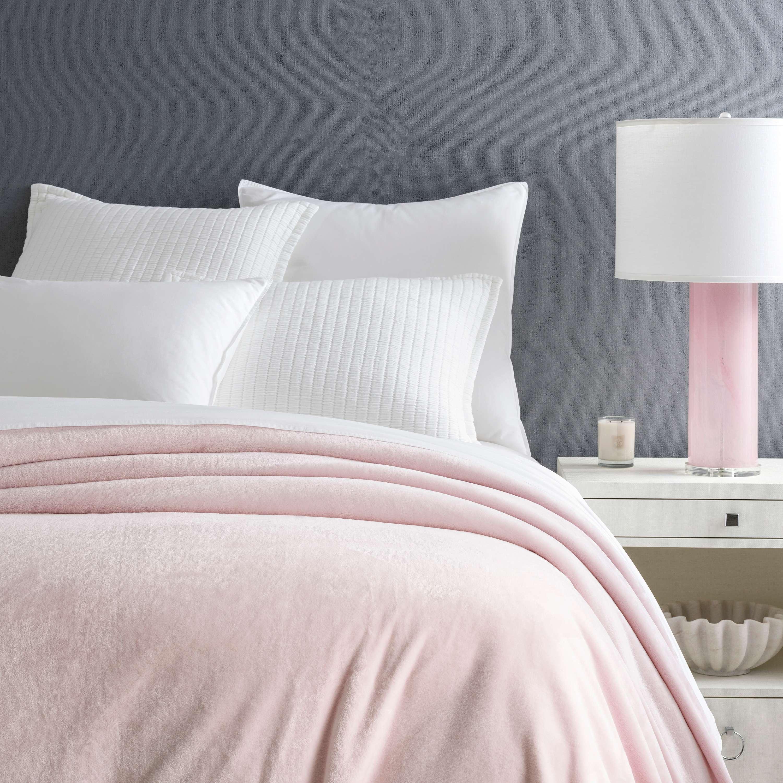 Selke Fleece Slipper Pink Blanket Pine Cone Hill