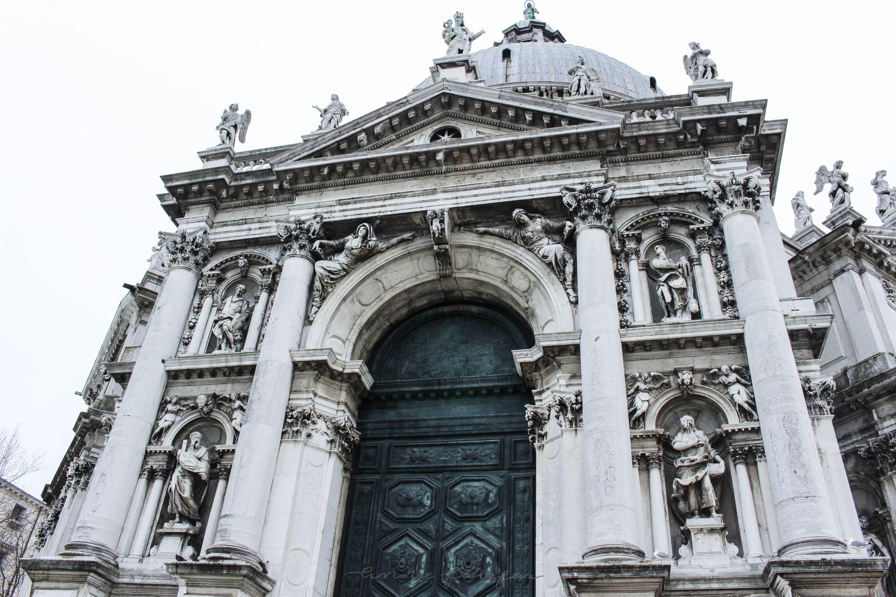 Basilica di Santa Maria della Salute Catholic Churches in Venice, Italy Venezia Italia