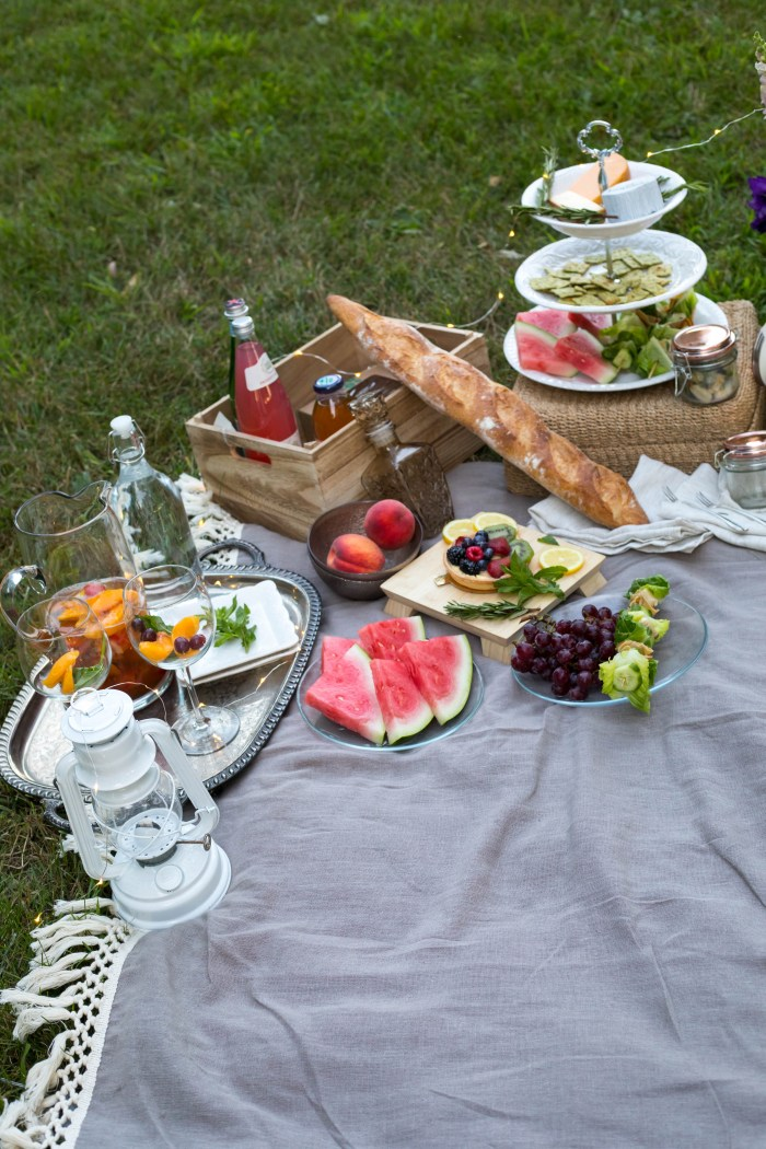 How to Pack the Perfect Picnic in 30 Minutes or Less
