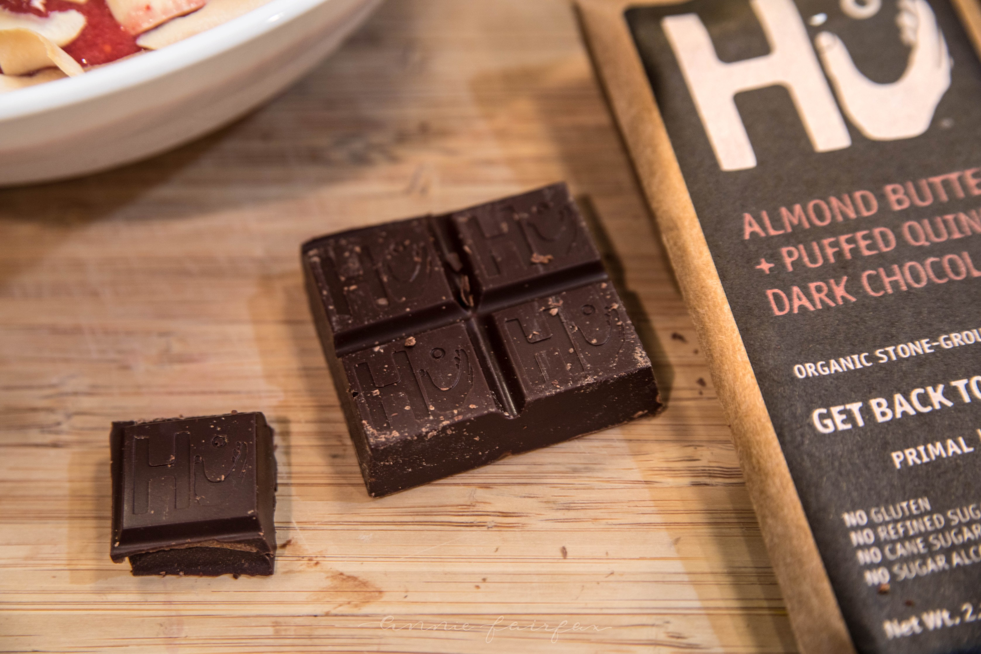 Hu Kitchen Paleo Vegan Chocolate Bars Review How to Make the Perfect Smoothie Bowl Bai Coconut Drink