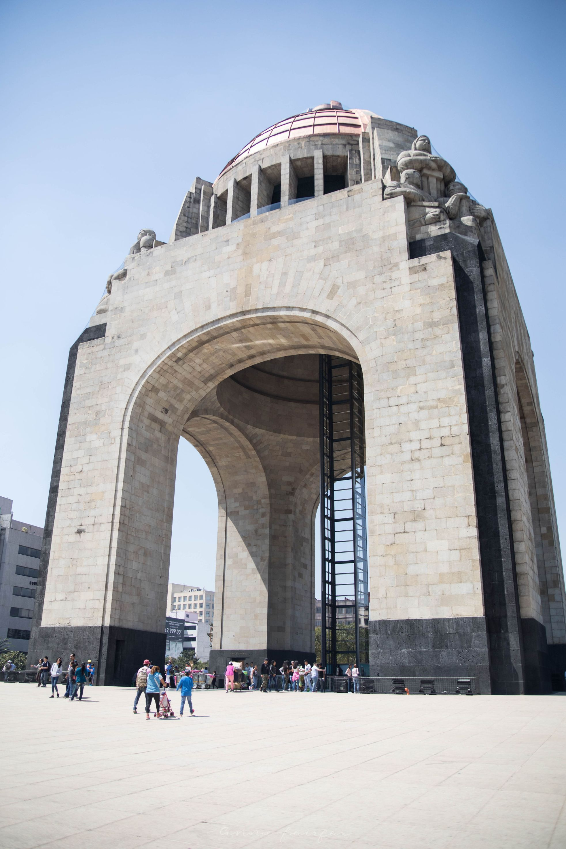Monumento a la Revolución The Complete Traveler's Guide to Mexico City Mexico Where to Stay What to Eat Where to Visit What to Do Places to Avoid How to Stay Safe in Mexico City Monument of the Revolution
