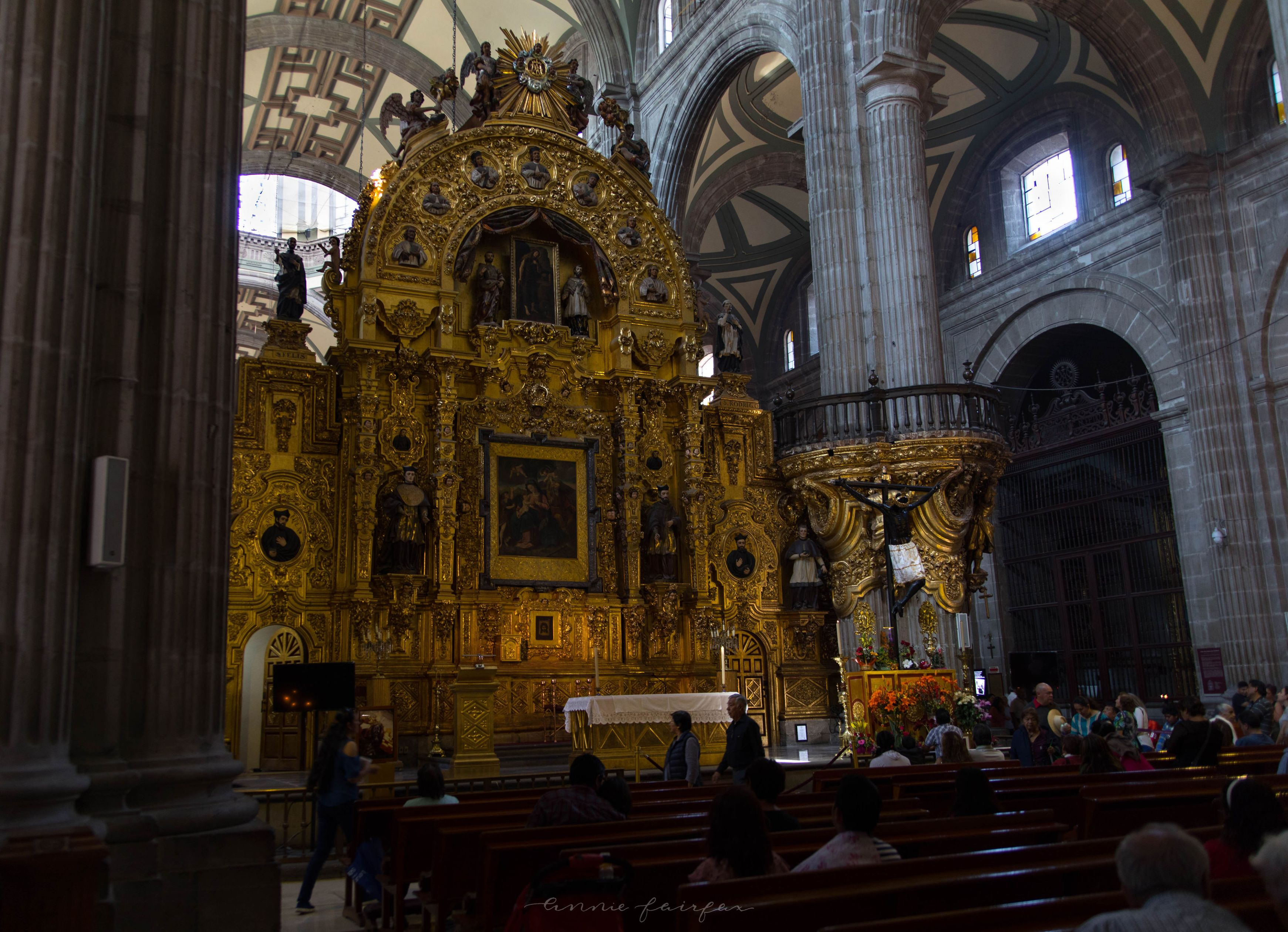 The Metropolitan Cathedral (Catedral Metropolitana) The Complet4e Traveler's Guide to Mexico City Mexico Where to Stay What to Eat Where to Visit What to Do Places to Avoid How to Stay Safe in Mexico City