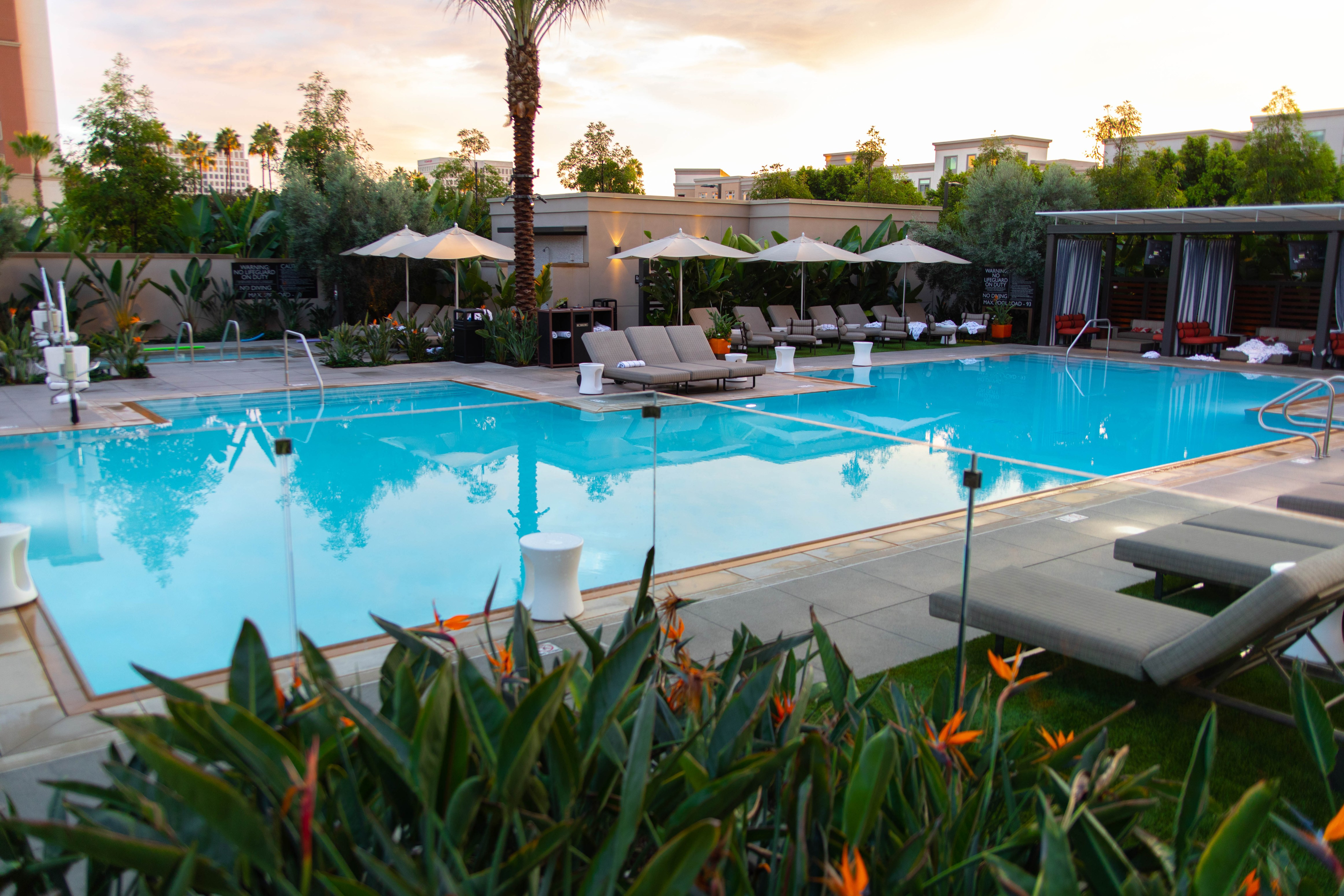 Luxury Hotels of the World: Irvine Spectrum Complete Review Rooftop Bar & Restaurant