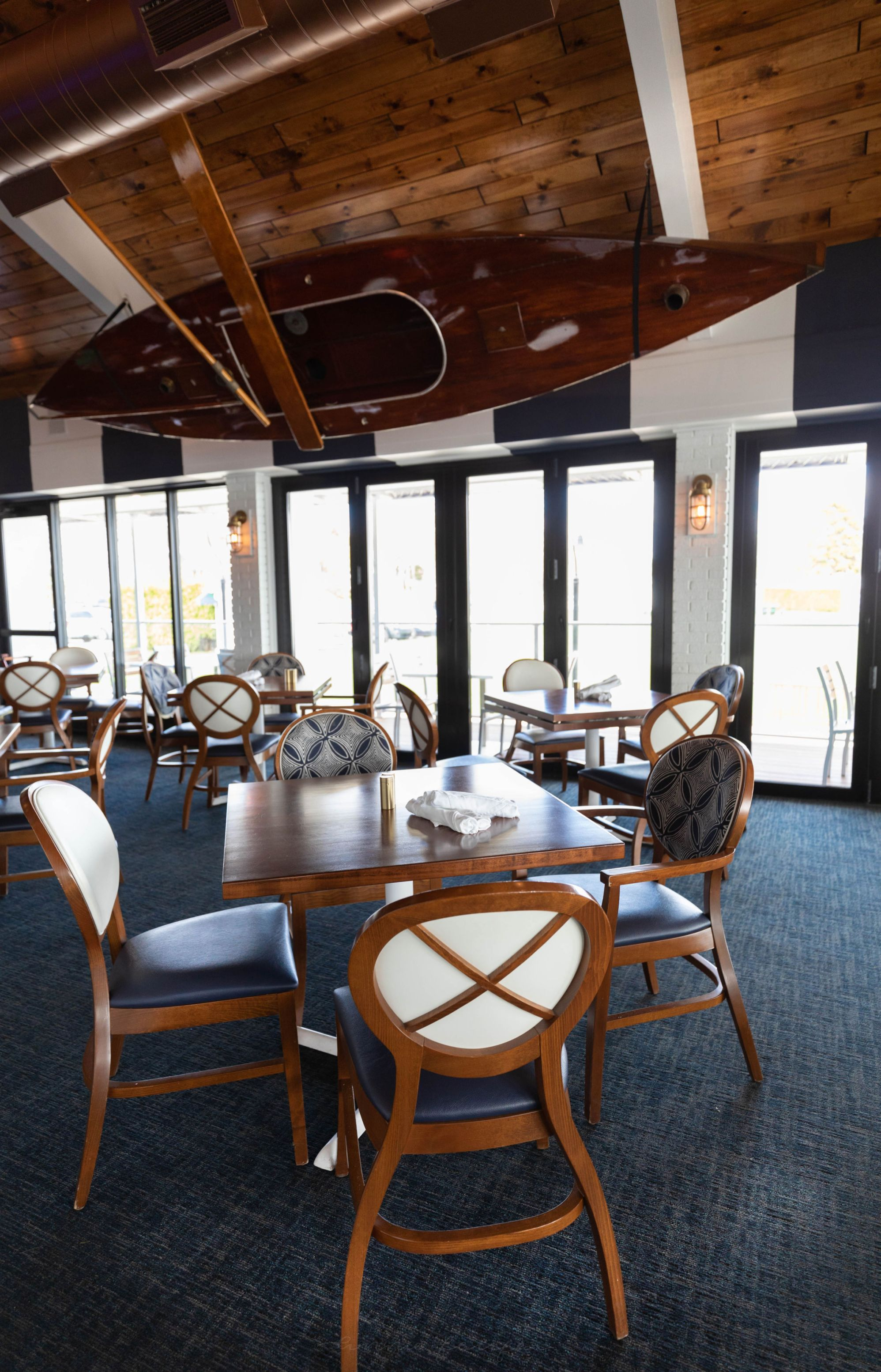 Luxury Restaurants of the World: Stafford's Pier Restaruant Harbor Springs Michigan
