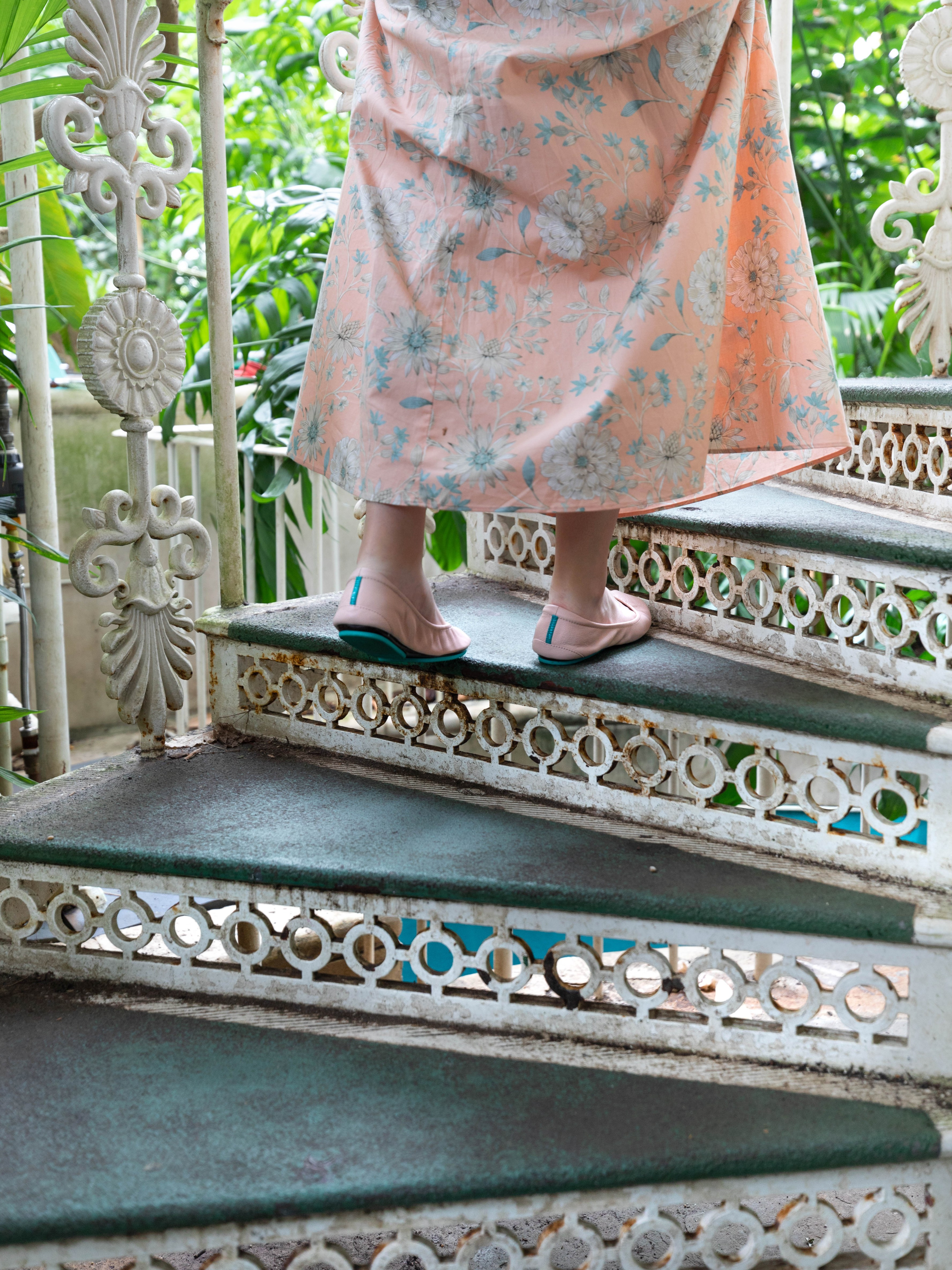 London's Kew Gardens Wearing Gal Meets Glam, Tieks, and Hat Attack