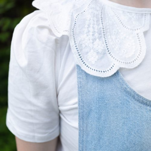 Oversized Embroidered Collar