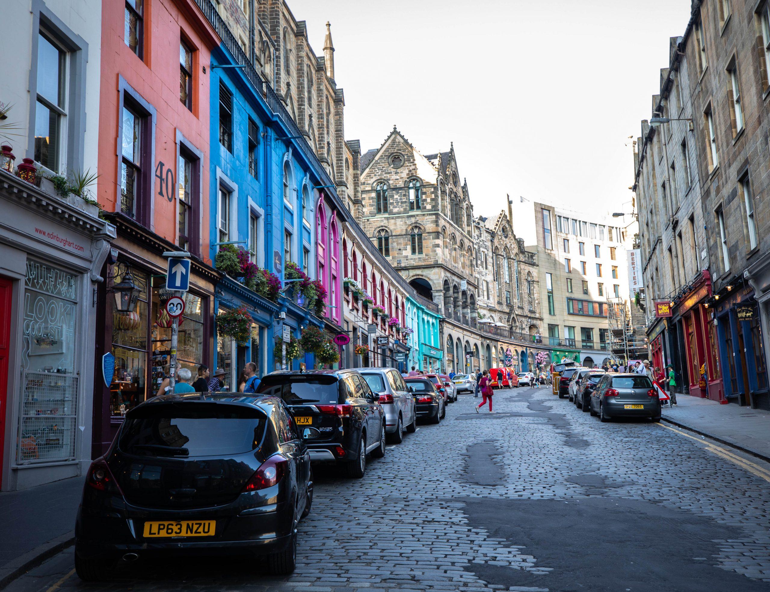 How to Navigate Edinburgh Public Buses, Trains, Trams, Walking, Luxury Travel Guide Scotland by Annie Fairfax