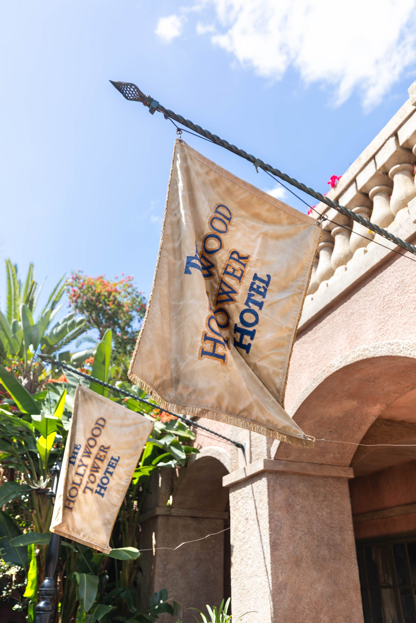 Exterior of the Hollywood Tower Hotel in Orlando, Florida Review by Luxury Travel Writer Annie Fairfax