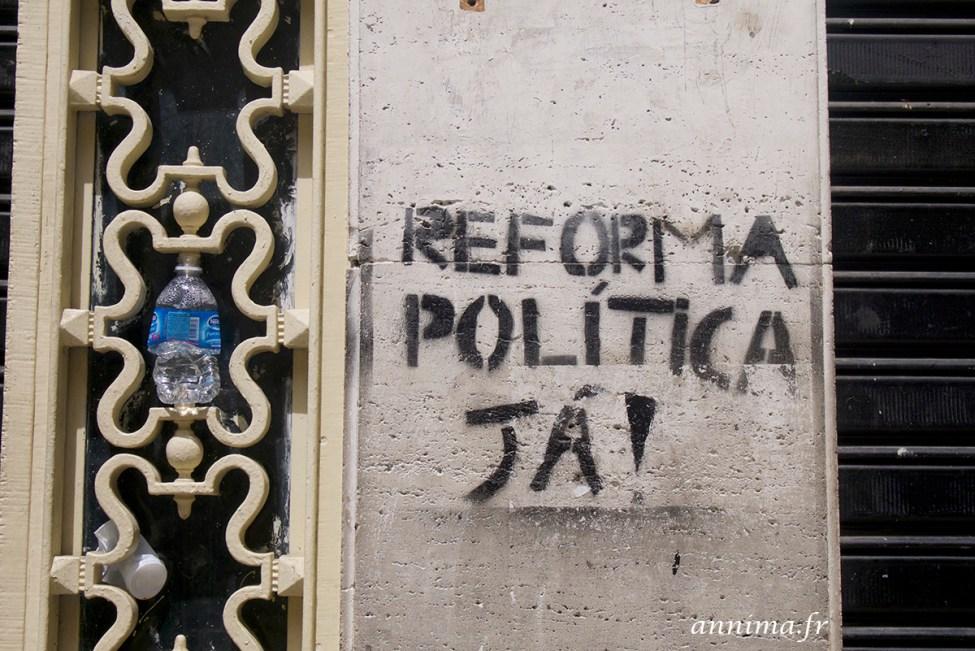street art graph Rio 15
